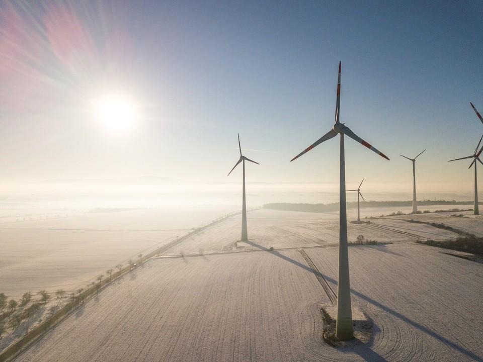 Drohne Inspektion Windrad Windkraftanlage
